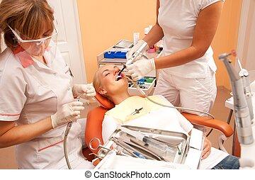 surgery., 歯科医, 女