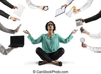 surmenage, calme, femme affaires, tries, tension, garder, dû, yoga, wok