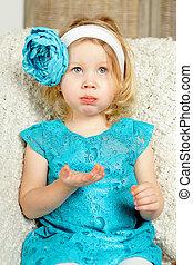 Surprised child girl, 2-3 years