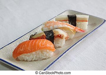 sushi, assortito