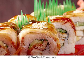 sushi, hos, ål