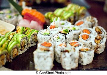 sushi, rollos, variedad