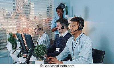 svart, service, chef, ge sig, representativt, ringa, kund, rekommendationer, boss, centrera