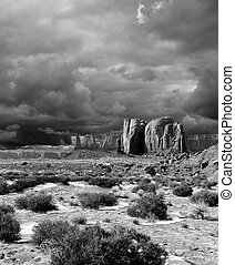 svartvitt, monumentvalley, molnig, skies