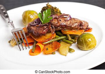swabian, bistecca, anelli, cipolla, arrostito
