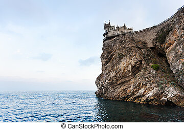 Swallow Nest Castle on Ay Todor cape in evening - travel to...