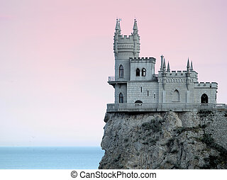 Swallow\'s Nest Castle Sideview in Sunset HDR gradient...
