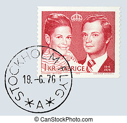SWEDEN - CIRCA 1976: A stamp printed by Sweden shows portrait of Carl XVI Gustaf King of Sweden and Queen Silvia, circa 1976.