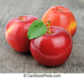 Sweet apple with leafs