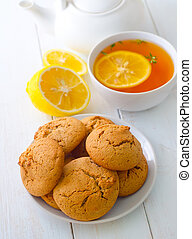 Sweet cookies with fresh tea