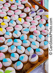 Sweet cup cakes with balloons