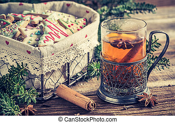 Sweet tea and gingerbread cookies for Christmas
