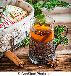 Sweet tea and gingerbread for Christmas