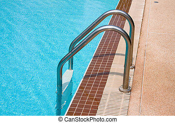 Swimming pool steps entrance