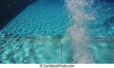 Swimming Pool with Wall Mounted Bubble Jet