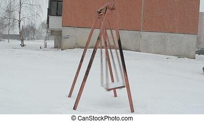 swing move winter snow
