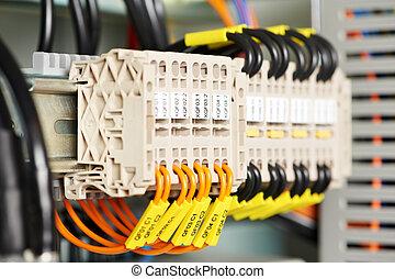 switchers, elektrisk, fodrar, driva, fuseboxes