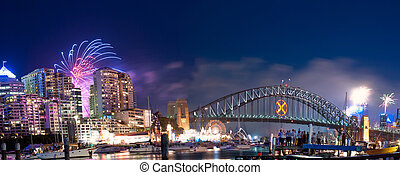 Sydney Harbour NYE Fireworks Panorama - World Renown Sydney...