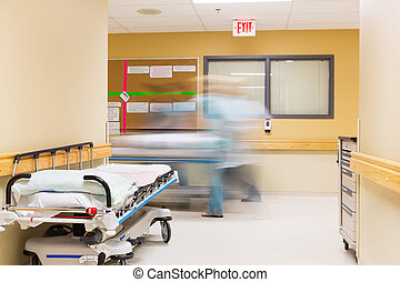 sygeplejersker, gå, båre, korridor sygehus