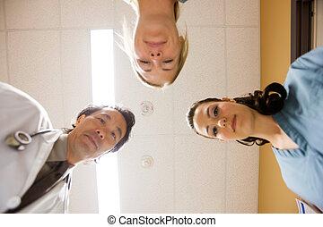 sygeplejersker, sygehus doktor