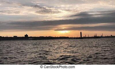 sylweta latarni morska, sunset.