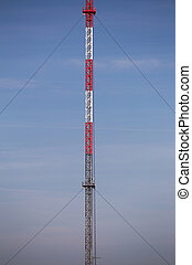 Symmetrisch, weißes,  Radio, Turm, rotes