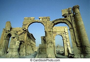SYRIA PALMYRA ROMAN RUINS - the Roman Ruins of Palmyra in...