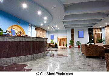 szálloda előcsarnoka
