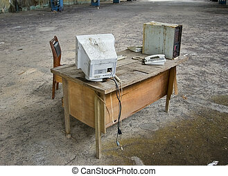 számítógép, elhagyatott