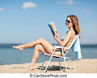 szék, könyv, tengerpart, lány olvas