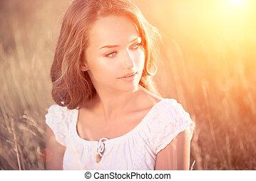szépség, romantikus, leány, outdoors., tizenéves, formál