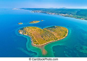 szív alakzat, sziget, közül, galesnjak, alatt, zadar, szigetvilág, felülnézet