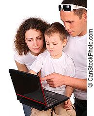 szülők, noha, fiú, megvizsgál, jegyzetfüzet