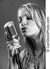 szüret, mikrofon, éneklés, szőke