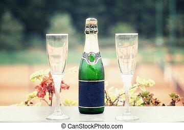 szampan, kieliszek do wina, dwa, butelka