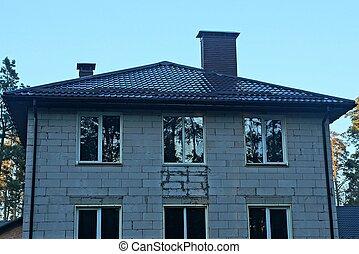 szary, dach, brązowy, biały, okna, cegła, taflowy, dom, pod