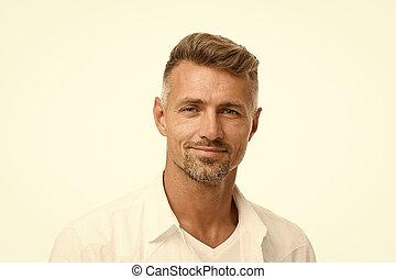 szary, shampoo., concept., dobry, model., transakcja, dojrzały, anti, obrządził konia, pociągający, petycje, fryzjer magazyn, dobrze, twarzowy, hair., człowiek, hairdresser., ageing., jemu, roots., srebro, włosy, patrząc, grizzle