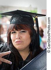 szczęśliwy, absolwent