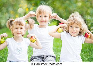 szczęśliwy, dzieci, jabłka