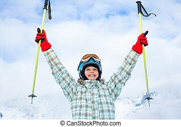 szczęśliwy, młody, narciarz