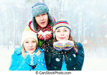 szczęśliwy, outdoors., podmuchowy, śnieg, rodzina