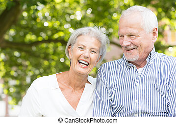 szczęśliwy, starsza para