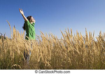 szczęśliwy, w, przedimek określony przed rzeczownikami, trawa