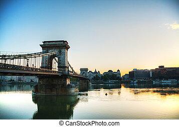 Szechenyi chain bridge in Budapest, Hungary - Szechenyi ...