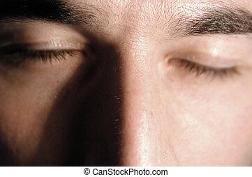 szem sűrű