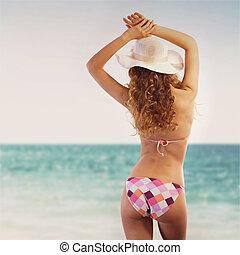 szexi, nő, élvez, egy, nap tengerpart