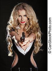 szexi, szőke, nő, vadászik pisztoly, elszigetelt, képben látható, black háttér