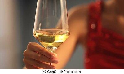 szkło, kobieta, wino, ręka
