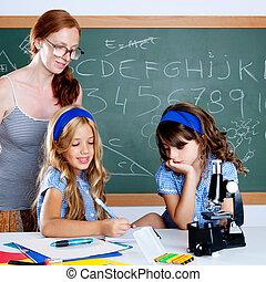 szkoła, kobieta, studenci, nauczyciel, dzieciaki, nerd