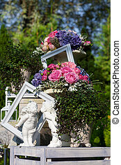 szobrok, a kertben, noha, menstruáció